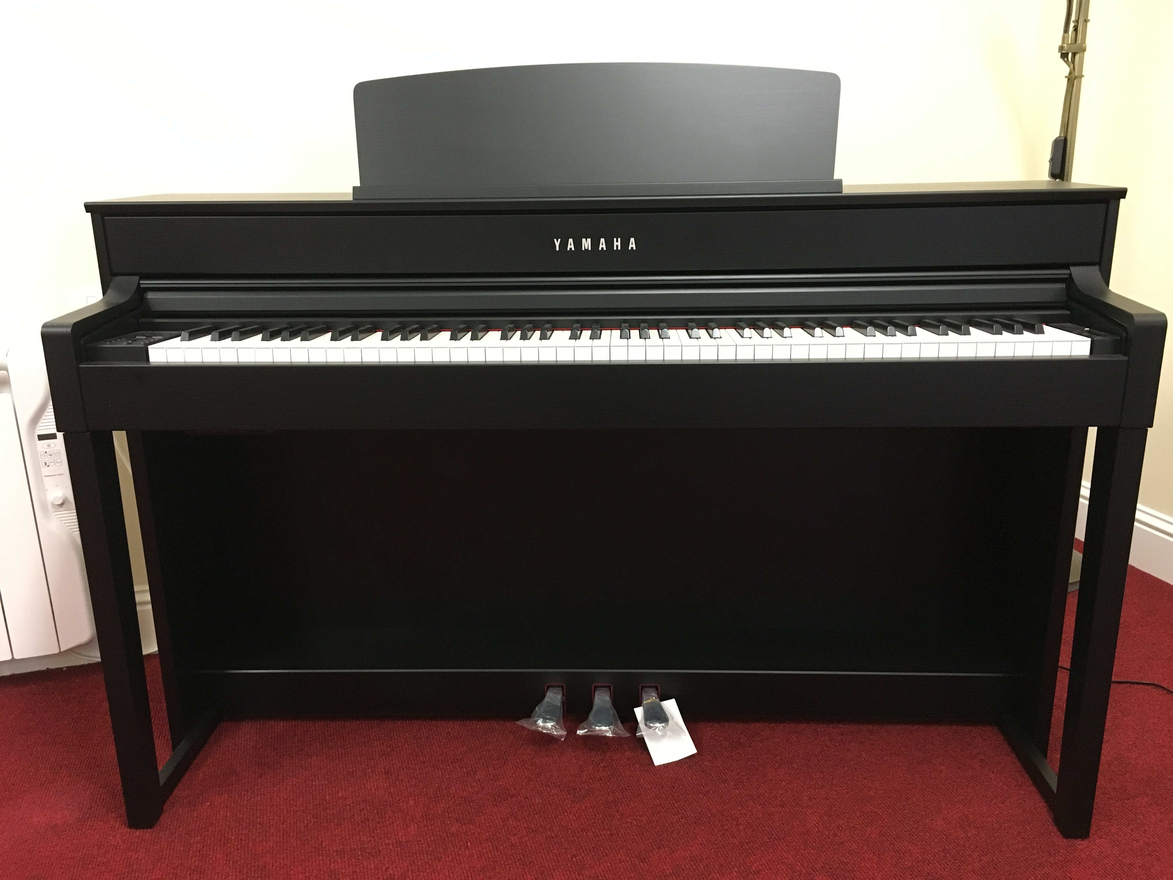 yamaha digital pianos clavinova. Black Bedroom Furniture Sets. Home Design Ideas