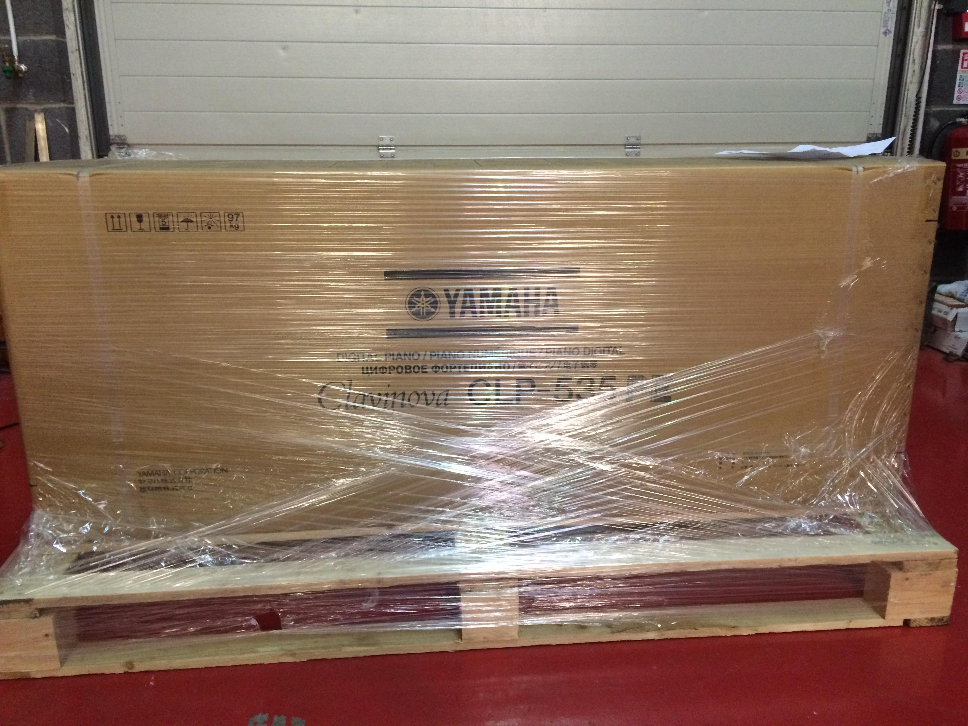 Showroom thornton pianos irelandthornton pianos ireland for Yamaha clavinova clp 535 for sale